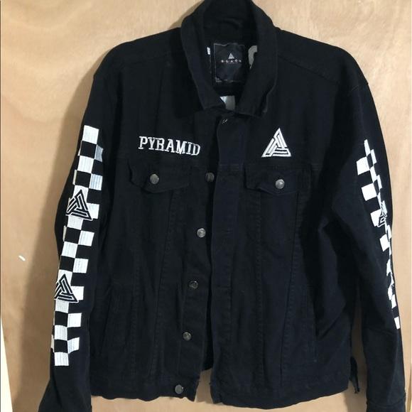 f148b420 Black pyramid (Chris brown) clothing line